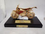 Trophy Miniatur kendaraan